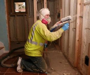 spray foam reduces utility costs